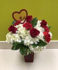 Rose Arrangements in Bergen County, NJ