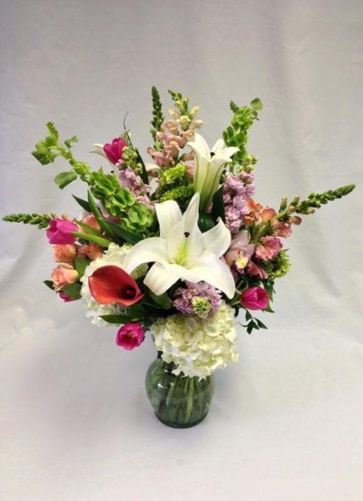 Spring Floral Arrangement in Bergen County, NJ